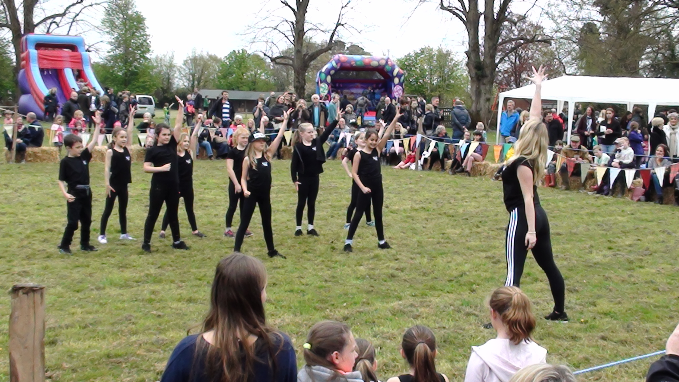 Well done to everyone who danced at The Groombridge May Fair, you were all amazing!
